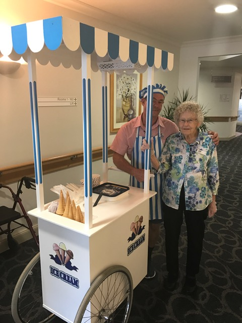 Port Macquarie Ice Cream Cart