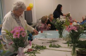 Aged Care Facilities Bunbury - Flower Arranging