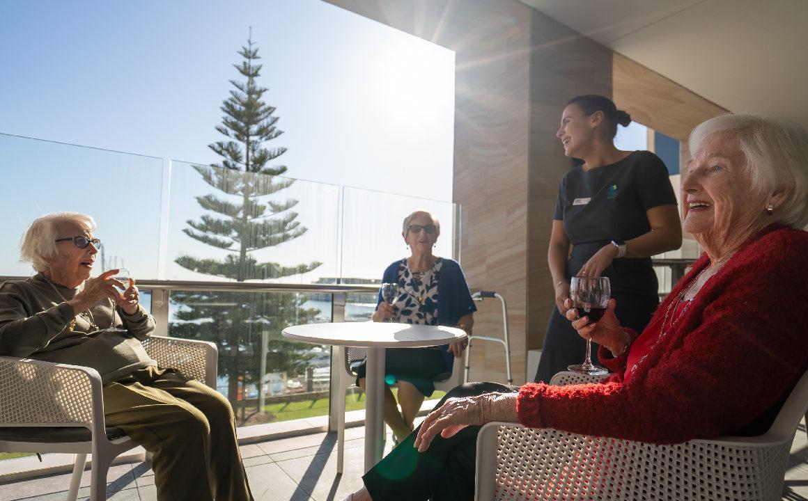 https://www.regis.com.au/site/wp-content/uploads/2021/10/Port-Coogee-Aged-Care-01-1160x720.jpg